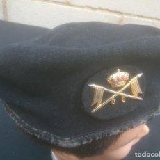 Militaria: BOINA MILITAR. EJÉRCITO ESPAÑOL. CABALLERIA. LANA, NEGRA.. Lote 222950141