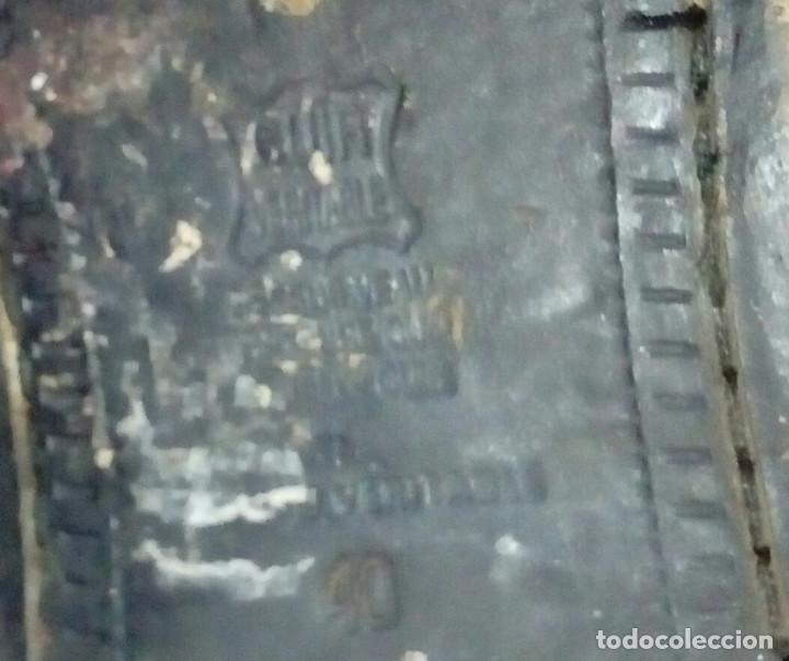 Militaria: Botas bajas de cuero negro, borceguíes británicos. Recreación histórica, G. Civil, 2GM. T 40 antigua - Foto 5 - 229734995