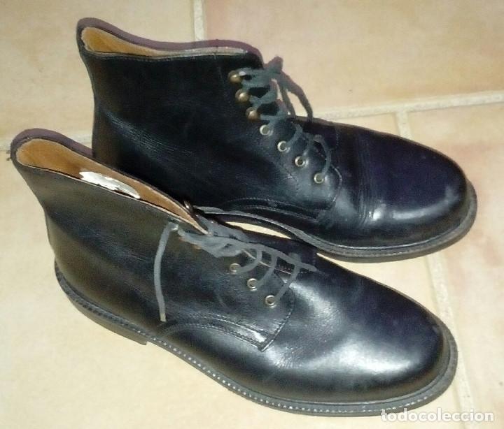 Militaria: Botas bajas de cuero negro, borceguíes británicos. Recreación histórica, G. Civil, 2GM. T 40 antigua - Foto 7 - 229734995