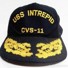 Militaria: GORRA DE OFICIAL DEL USS INTREPID. Lote 229838055