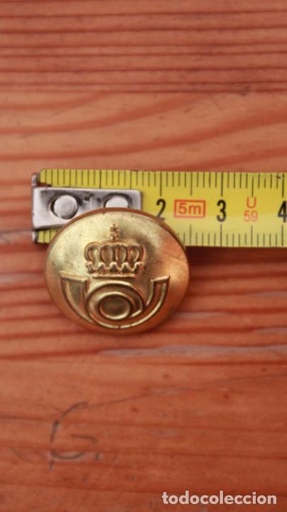 Militaria: Antiguo botón de uniforme de Correos y Telegrafos años 50-60 - Foto 6 - 235195555