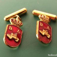 Militaria: PAREJA DE GEMELOS DIVISIÓN ACORAZADA.. Lote 235417130