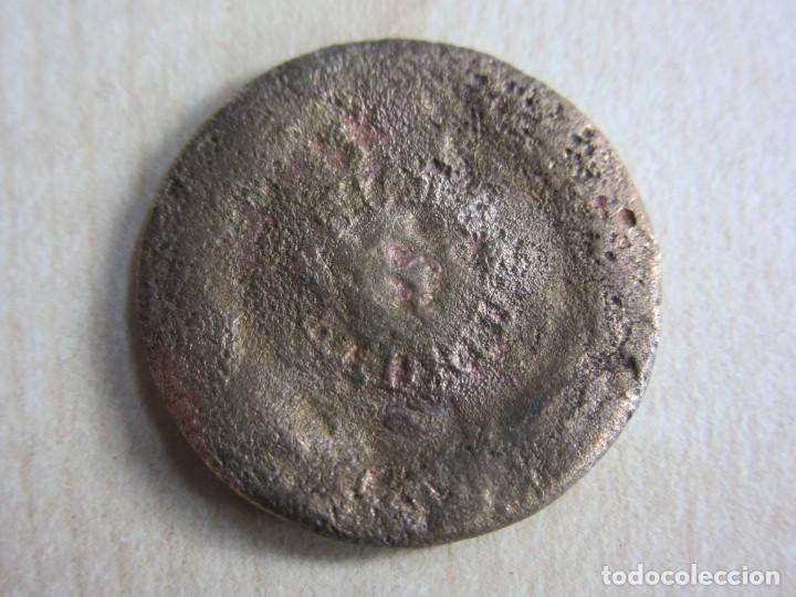 Militaria: Botón de Isabel II Guerras Carlistas - Foto 2 - 235546325