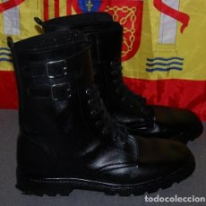 Militaria: BOTAS POLICIALES NUMERO 43 MARCA TRACTOR-004. Lote 238160585