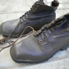 Militaria: BOTAS RECREACION GUERRA CIVIL. Lote 242014950