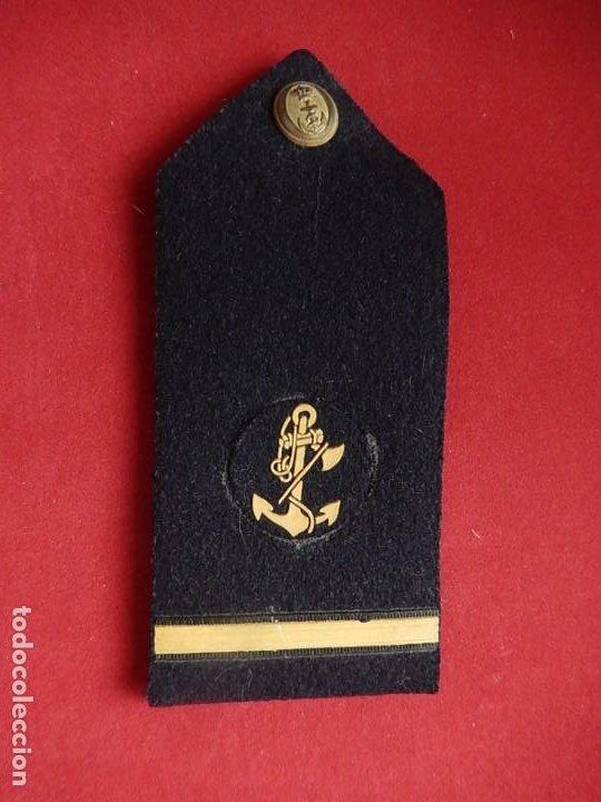 Militaria: Armada Española. Marina Guerra. Hombreras. Suboficiales. Subteniente. Contramaestre. Época Juan Carl - Foto 2 - 245446950
