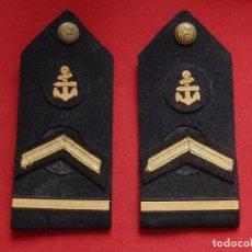 Militaria: ARMADA ESPAÑOLA. MARINA GUERRA. HOMBRERAS. SUBOFICIALES SUPERIORES. SUBTENIENTE. TORPEDISTA. ÉPOCA J. Lote 245449160
