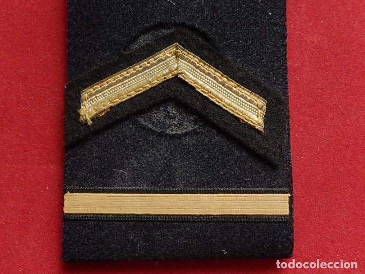 Militaria: Armada Española. Marina Guerra. Hombreras. Suboficiales Superiores. Subteniente. Torpedista. Época J - Foto 5 - 245449160