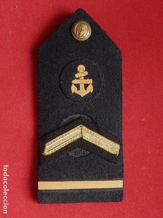 Militaria: Armada Española. Marina Guerra. Hombreras. Suboficiales Superiores. Subteniente. Torpedista. Época J - Foto 10 - 245449160