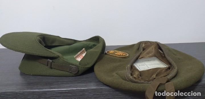 Militaria: UNIFORME - MILITAR- VINTAGE- EJERCITO ESPAÑOL- GORRA Y BOINA - Foto 16 - 224549052