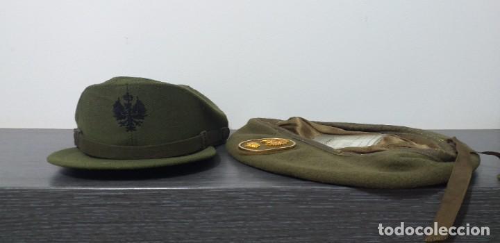 Militaria: UNIFORME - MILITAR- VINTAGE- EJERCITO ESPAÑOL- GORRA Y BOINA - Foto 25 - 224549052