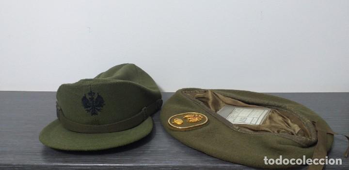 Militaria: UNIFORME - MILITAR- VINTAGE- EJERCITO ESPAÑOL- GORRA Y BOINA - Foto 26 - 224549052