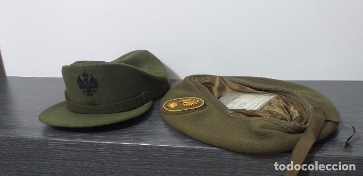 Militaria: UNIFORME - MILITAR- VINTAGE- EJERCITO ESPAÑOL- GORRA Y BOINA - Foto 28 - 224549052