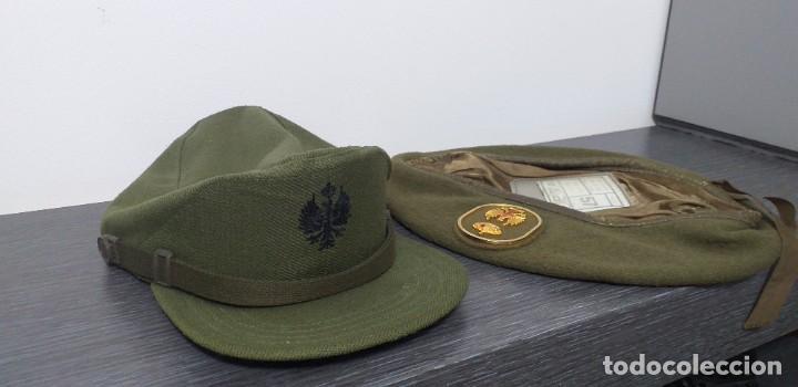 Militaria: UNIFORME - MILITAR- VINTAGE- EJERCITO ESPAÑOL- GORRA Y BOINA - Foto 29 - 224549052
