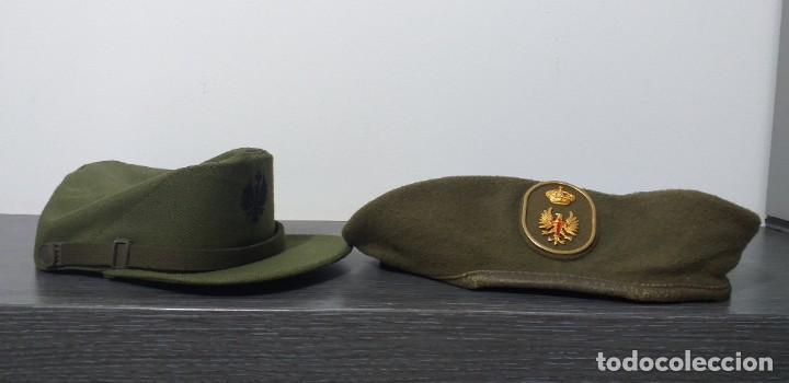 Militaria: UNIFORME - MILITAR- VINTAGE- EJERCITO ESPAÑOL- GORRA Y BOINA - Foto 40 - 224549052