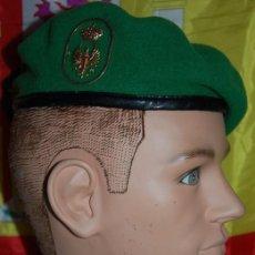 Militaria: BOINA VERDE EJERCITO DE TIERRA EMMOE (ESCUELA MILITAR DE MONTAÑA Y OPERACIONES ESPECIALES). Lote 246016185