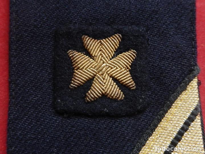 Militaria: Armada Española. Marina de Guerra. Hombrera. Sanitarios. Época de Franco. - Foto 3 - 246104455