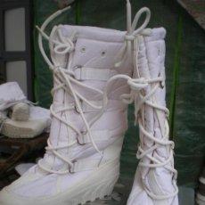 Militaria: BOTAS EJERCITO ITALIANO PARA NIEVE, NUEVAS. Lote 246357845