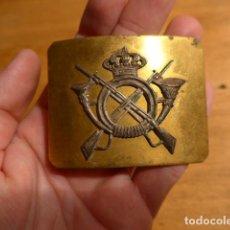 Militaria: ANTIGUA HEBILLA ALFONSINA DE INFANTERIA DE GALA, ALFONSO XIII. ORIGINAL.. Lote 246774470