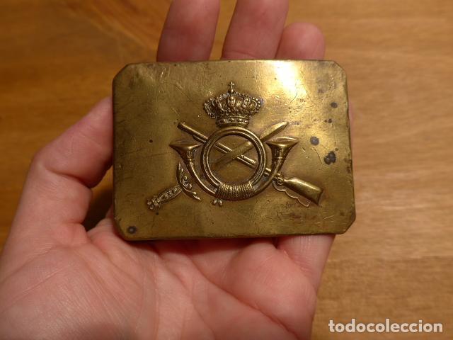 ANTIGUA HEBILLA ALFONSINA DE INFANTERIA, ALFONSO XIII. ORIGINAL. (Militar - Cinturones y Hebillas )