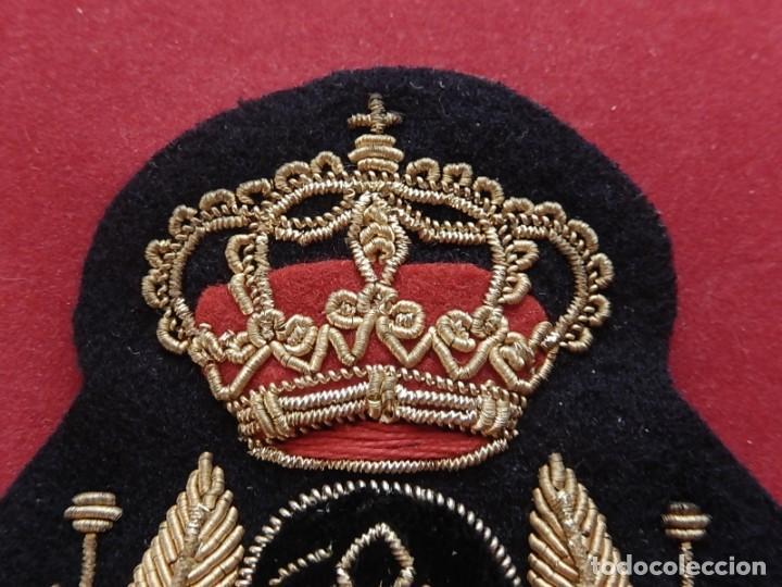 Militaria: Armada Española. Marina Guerra. Galleta para gorra. Jefes y Oficiales. Época de Juan Carlos I. - Foto 3 - 288522473