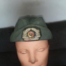 Militaria: GORRO MUJER POLICÍA, ALEMANIA, 1965. Lote 252263890