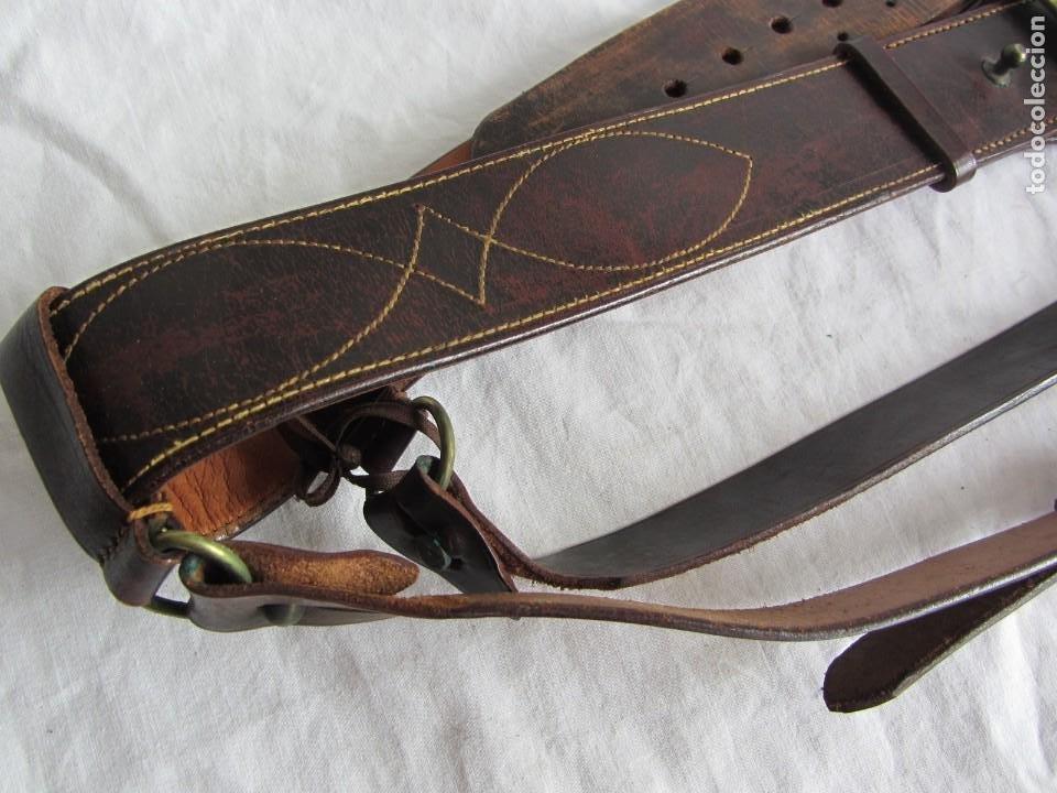 Militaria: Antiguo cinturón de cuero equitación monteria infantería? - Foto 3 - 252617250
