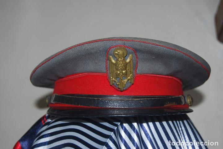 GORRA DE PLATO POLICIA ARMADA (Militar - Boinas y Gorras )