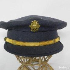 Militaria: ANTIGUA GORRA DE CONSERJE, CONDUCTOR, BEDEL DE MINISTERIO, AÑOS 40/50, PRIMERA EPOCA DE FRANCO, REAL. Lote 257334385