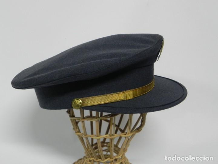 Militaria: ANTIGUA GORRA DE CONSERJE, CONDUCTOR, BEDEL DE MINISTERIO, AÑOS 40/50, PRIMERA EPOCA DE FRANCO, REAL - Foto 3 - 257334385