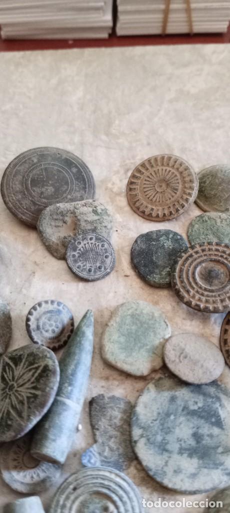 Militaria: Botones antiguos, monedas , balas etc . - Foto 4 - 261932845