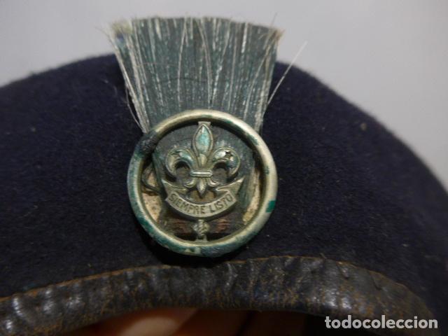 Militaria: Antigua boina con emblema siempre listo, boy scouts españoles, exploradores de españa. Original. - Foto 2 - 262958015