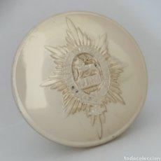 Militaria: ANTIGUO BOTÓN DE UNIFORME DE LA ARMADA INGLESA, REGIMIENTO WORCESTERSHIRE, INFANTERÍA. Lote 263110290