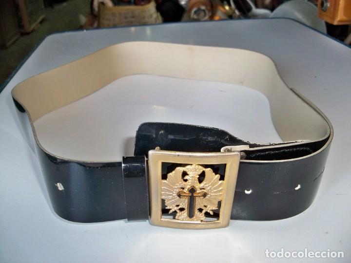 Militaria: Antiguo cinturón Militar de CHAROL - Foto 2 - 263810250