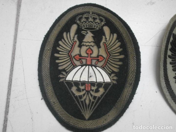 Militaria: Lote 5 parches lona y tela ejercito español usados - paracaidas variados - Foto 2 - 265895918