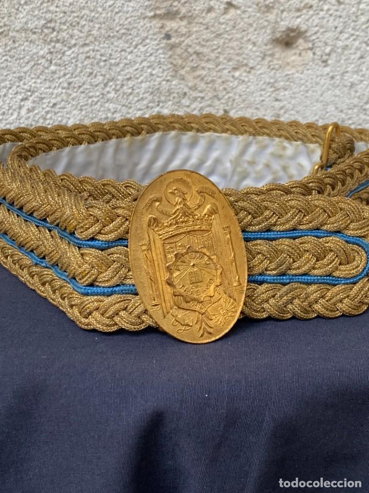 CINTURON JERARCA DE FALANGE FRANQUISTA FUERO DE TRABAJO HILO ORO EFECTOS MILITARES NAVAS 25X8X7CMS (Militar - Cinturones y Hebillas )