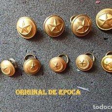 Militaria: (JX-210604)LOTE DE DIEZ BOTONES DE LA AGRUPACIÓN DE TROPAS NOMADAS, 4 GRANDES Y 6 MÁS PEQUEÑOS.. Lote 267075024
