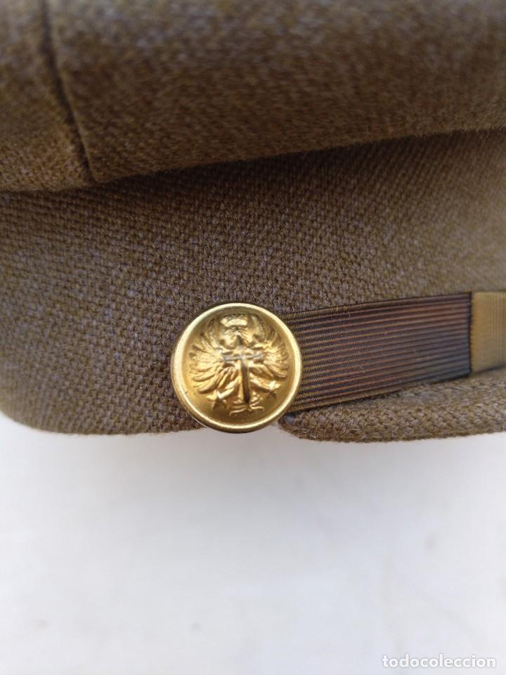Militaria: Gorra del ejército español de capitán del ejército de Tierra época franco modelo 93 - Foto 4 - 267906869