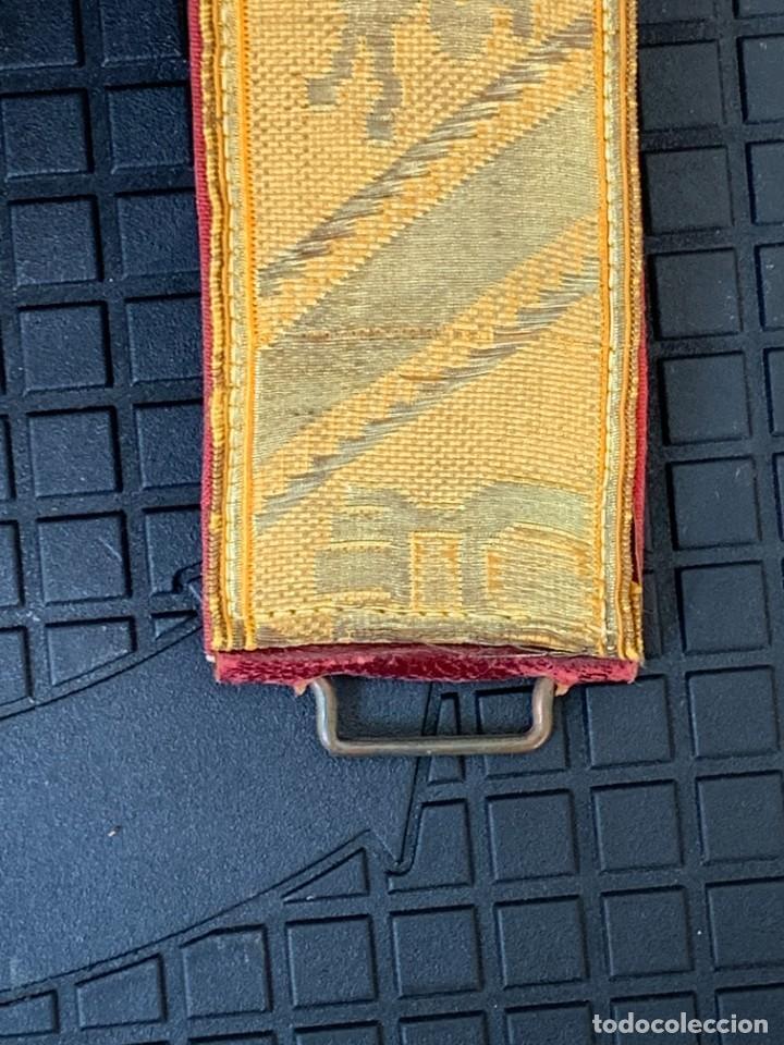Militaria: CINTURON SIN HEBILLA MILITAR LEON TORRE SEDA HILO DE ORO EPOCA ALFONSO XIII OFICIAL GALA 100X4,5CMS - Foto 4 - 268440664