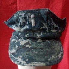 Militaria: GORRA MIMETIZADA USNAVY DE OFICIAL. Lote 275850203