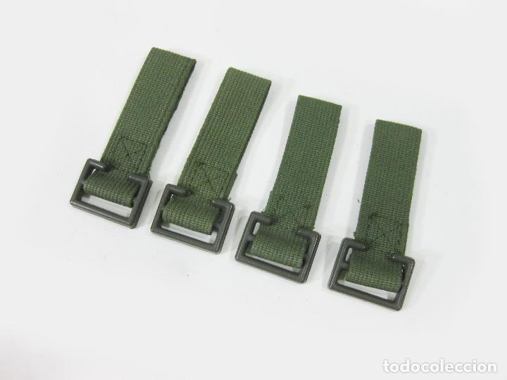 4 PASADORES DE CINTURON PARA TRINCHAS DE LOS AÑOS 70. EJÉRCITO ESPAÑOL (Militar - Cinturones y Hebillas )