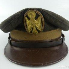 Militaria: GORRA POLICIA NACIONAL MARRON AÑOS 80 CON AGUILA DE SAN JUAN TALLA 58. Lote 285221698
