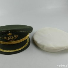 Militaria: GORRO MILITAR TENIENTE CORONEL CON FUNDA BLANCA. Lote 285222253