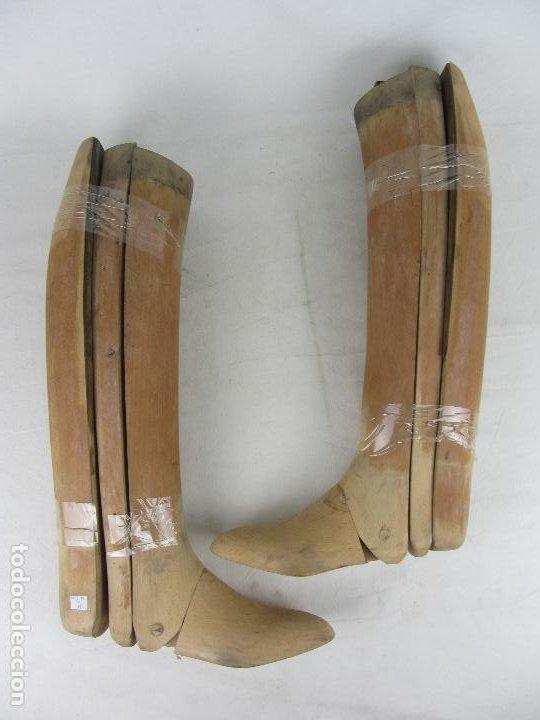 Militaria: Antiguas hormas de madera para botas de montar. Hacia 1920 - 30 - Foto 5 - 288019793