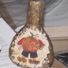 Miniaturas de perfumes antiguos: PERFUMERO PINTADO DE TERRACOTA. MUNDIAL 82. Lote 29430828