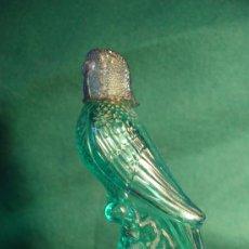 Miniaturas de perfumes antiguos: AVON - LORITO - PEQUEÑO FRASCO COLONIA VACIO - AÑOS 60-70 -. Lote 29826607