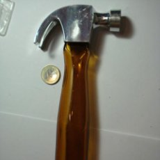Miniaturas de perfumes antiguos: AVON BONITO FRASCO CON FORMA DE MARTILLO - AÑOS 1970 - MIRA MAS EN VENTA. Lote 31729426