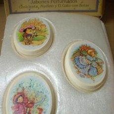 Miniaturas de perfumes antiguos: LOTE DE 3 JABONES AVON AÑOS 70. Lote 33524683