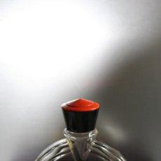 Miniaturas de perfumes antiguos: ANTIGUA BOTELLA DE EIGHTEEN DE ANTONIO PUIG 60ML. VINTAGE. Lote 34071783
