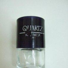 Miniaturas de perfumes antiguos: MINIATURA QUARTZ DE MOLYNEUX - 6ML - EDT - VACIA - LETRAS PARCIALMENTE BORRADAS. Lote 34552965